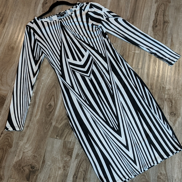 RIVER ISLAND Black and White Mod Dress